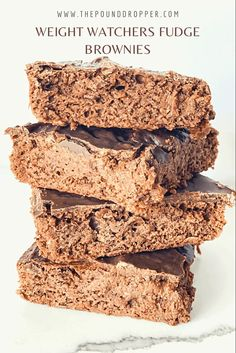 These Weight Watchers Fudge Browniesare the best low point brownies you'll ever make-fudgy, gooey, super chocolaty rich-you just won't believe these brownies are healthy!Perfectly sweet and satisfying! via @pounddropper Ww Desserts, Dessert Recipes, Cookie Recipes, 9x13 Baking Dish, Weight Watchers Desserts, Chocolate Topping, Unsweetened Applesauce, Fudge Brownies, Ww Recipes
