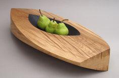 Oak bowl by Simon Gaiger