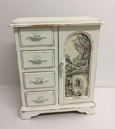 Custom medium jewellery box in Old White with ivory/black toile. Created and sold by PaintMeNew Shabby Chic Boxes, Jewellery Box, Home Decor Items, Crates, Ivory, Medium, Furniture, Vintage, Black