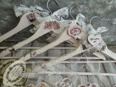 Martinel: Shabby chic roses hangers - Шеби шик закачалки