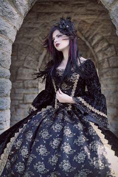 Gothic Renaissance or Medieval Fantasy Wedding por RomanticThreads