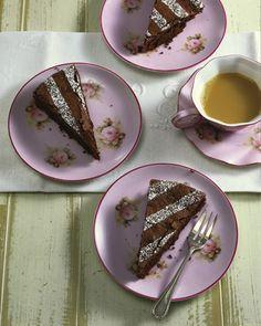 Blitz-Schokoladenkuchen  Einfach, schnell und super lecker! Mein all-time-favorite! @Brigitte