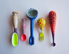 Jillian Moore and Emily Watson adaptive utensils Ceramic Spoons, Wooden Spoons, Ceramic Pottery, Ceramic Art, Spoon Theory, Spoon Knife, Forks And Spoons, Porcelain Clay, Wood Tools
