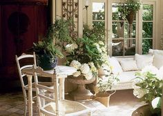 TG interiors: Outdoor Rooms