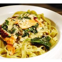 Easy, delicious and healthy Salmon and Spinach Shirataki Fettuccine recipe from SparkRecipes. See our top-rated recipes for Salmon and Spinach Shirataki Fettuccine. Shrimp Fettuccine Alfredo, Fettuccine Recipes, Spinach Alfredo, Seafood Recipes, Pasta Recipes, Cooking Recipes, Healthy Recipes, Recipes, Appetizers