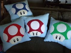 Super Mario Brothers Mushroom Bed Pillows will ensure that you have some very lifelike nightmares of saving Mario or Luigi from the Mushroom Land! Mario Brothers Games, Super Mario Brothers, Super Mario Bros, Pillow Room, Pillow Set, Bed Pillows, Pillow Talk, Mario Room, Boy Room