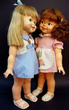 Gui-Gui Dolls - Estrela - Brasil - 70's ~ These look a little like the Giggles dolls.  Will have to compare.  (Hard to tell with another language).