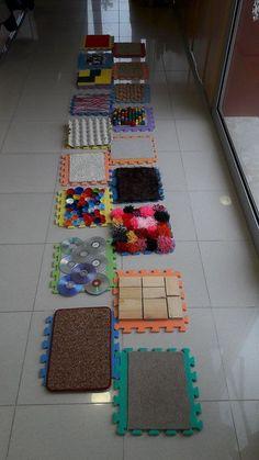 Sensory Games, Baby Sensory Play, Sensory Wall, Sensory Activities Toddlers, Sensory Rooms, Sensory Boards, Montessori Activities, Motor Activities, Baby Play