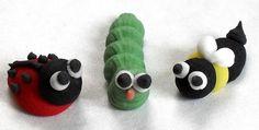 royal icing garden bugs by Sugar Sugar Cake Decorations, via Flickr