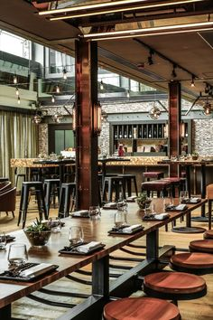 Isono and Vasco eateries in Hong Kong by Joyce Wang