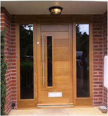 FRONT DOOR IDEAS – Among the very first points about a house that a guest or home buyer notices are the front doors. If you wish to make a statement, upgrading or overhauling your front door … Front Door Porch, Wood Front Doors, Front Door Entrance, House Front Door, House Doors, Oak Doors, Front Entry, Contemporary Front Doors, Modern Front Door