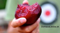 See if your stomach acid is weak with a simple test using a beet. It is an interesting fact that eating a beet can help you determine your stomach acid levels. It is very easy and simple. Just eat … How To Stay Healthy, Healthy Life, Healthy Eating, Acide Aminé, Stomach Acid, Nutrition, Food Shows, Health Magazine, Beetroot
