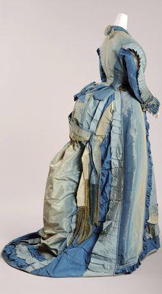 Visiting dress ca. 1870-73. Photo: Christa Losta. Vienna Museum via Europeana Fashion