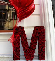 M Letter Design, Alphabet Design, Flower Box Gift, Flower Boxes, Alphabet Letter Crafts, Alphabet Images, Pinterest Valentines, Personalised Gifts Diy, Stylish Letters