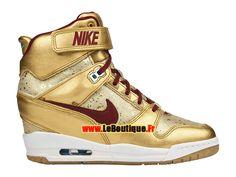 Nike Air Revolution Sky Hi BHM (Black History Month) GS - Chaussure Montante Nike Pas Cher Pour Femme Or métallique/Deep…