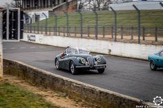 #Jaguar #Xk120 aux #CoupesdePrintemps à Montlhéry Reportage complet : http://newsdanciennes.com/2016/04/03/grand-format-coupes-de-printemps-2016/ #Voitures #Anciennes #VintageCar #ClassicCar