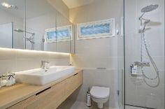 moderni puutalo: Kylpyhuoneet yhdellä silmäyksellä