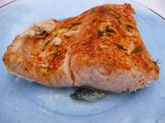 How to cook salmon perfectly. Tried this with pesto and Parmesan on the salmon and it was the best I've ever had. 20 min tops start to finish. Salmon Recipes, Fish Recipes, Seafood Recipes, Healthy Recipes, Dinner Recipes, Seafood Meals, Entree Recipes, Dinner Ideas, Recipies