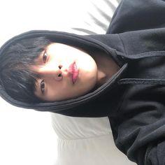 hi boys, pls marry me! Korean Boys Ulzzang, Korean Men, Ulzzang Boy, Korean Actors, Jung Jaewon, Hi Boy, Seo In Guk, Celebs, Celebrities