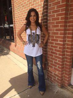 ❤ Cowgirls Country Fashion Aztec Thunderbird Tank Country Girl Style, Country Fashion, Country Outfits, Country Chic, Cowgirl Outfits, Western Outfits, Cool Outfits, Summer Outfits, Girl Fashion