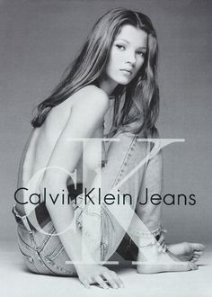 Obvious BRANDING was everywhere in the Calvin Klein ad featuring popular 'it' model Kate Moss Vogue Models, 90s Models, Fashion Models, Kate Moss, Lottie Moss, Style Grunge, Grunge Goth, Fast Fashion, Low Jeans