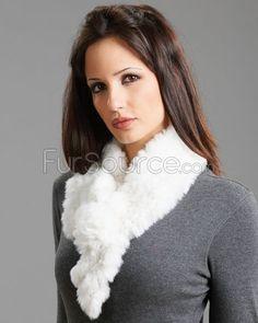 Fur Scarf with Rosette - White Rex Rabbit Fur Mink Jacket, Rabbit Fur Coat, Rex Rabbit, Fur Rug, Fur Blanket, Mink Fur, Rosettes, Fur Scarves