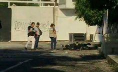 <p>Chilpancingo, Gro.- Al menos cuatro cuerpos desmembrados y una cabeza cercenada se localizaron la mañana de hoy en esta capital.</p>  <p>El