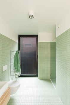 green bathroom Pistachio green Winckelmans cm tile in modern bath Set-Office architects Bathroom Design Inspiration, Bad Inspiration, Bathroom Interior Design, Restroom Design, Modern Baths, Interiores Design, Small Bathroom, Minimal Bathroom, Family Bathroom