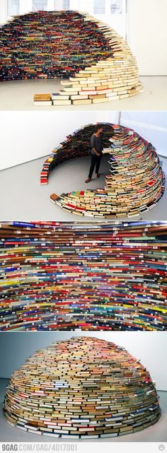 @Joanna Szewczyk Gierak Clarke - instead of milk jugs make a book igloo lol