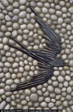 Garden path pavers pebble mosaic 17 Ideas for 2019 – Garden Paths Pebble Mosaic, Mosaic Diy, Mosaic Glass, Rock Mosaic, Mosaic Stones, Mosaic Walkway, Stained Glass, Mosaic Rocks, Mosaic Projects