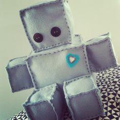 Baby boy felt robot #dims