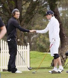 that fist bump looked like it hit Niall really hard on a spiritual level<<< not to mention Harry's pants like lawdy they're loose just look at them!