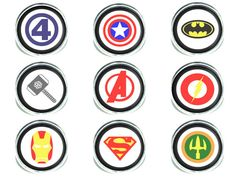 20mm Superhero Logo in your choice of pendant necklace, keychain or adjustable ring set under a glass dome. You can choose from the following logos Fantastic 4, Captain America, Batman, Thor, Avengers, The Flash, Iron Man, Superman and Aquaman by GeekyLime