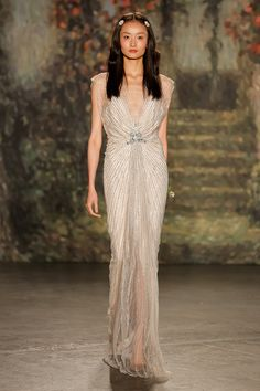 Spring summer 2016 bridal shows in New York | Best wedding dresses from Marchesa, Oscar de la Renta, Carolina Herrera | Harper's Bazaar