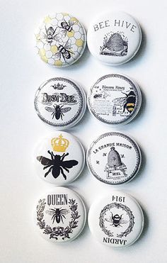 Vintage Bee Flair