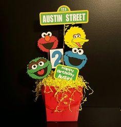 Sesame Street Birthday Party-Sesame Street by FromAtoZbyTami Elmo First Birthday, Monster Birthday Parties, Elmo Party, First Birthday Parties, Birthday Party Themes, First Birthdays, Birthday Ideas, Princess Birthday, Mickey Party