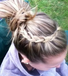 Simple hair style I did on one of my friends. Easy, cute, and simple. Takes about 4 minutes.