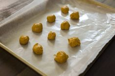 Bomboanele din turmeric sunt pline de beneficii antiinflamatorii și antioxidante.