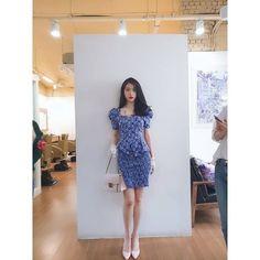 Hotel Del Luna, IU as Jang ManWol, Yeo JinGoo as Gun ChanSeong. Beutiful outfits both of them. Luna Fashion, Korean Girl Fashion, Kpop Fashion, Fashion Outfits, Kpop Outfits, Korean Outfits, Kpop Mode, Looks Chic, Gala Dresses