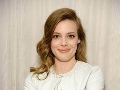 Gillian Jacobs has been in the acting game a while. When she first burst onto our screens way back in 2009 via her stint as lovable activist Britta in Community , she embodied the role with equal parts warmth and humor. Acting Games, Gillian Jacob, Bustle, Foxes, Beautiful Actresses, Articles, Hollywood, Community, Good Things