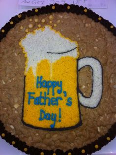 Beer and Cookie Cake - hmmm???  Thanks Mrs. Fields Northland Giant Cookie Cake, Giant Cookies, Super Cookies, Chocolate Chip Cookie Cake, Cookie Cakes, Big Cookie, Cupcake Cookies, Cookie Cake Designs, Cookie Cake Decorations