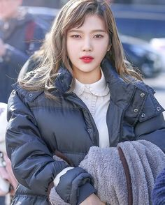 HIWAA& red velvet joy images from the web Seulgi, Kpop Girl Groups, Korean Girl Groups, Kpop Girls, Joy Rv, Red Valvet, Red Velvet Joy, Park Sooyoung, Ulzzang Girl