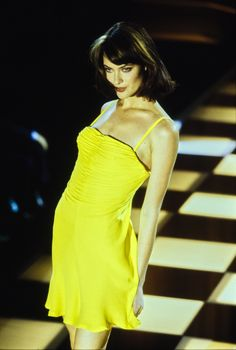 Versace Spring 1996 Ready-to-Wear Fashion Show Collection  See the complete  Versace cda14e9267
