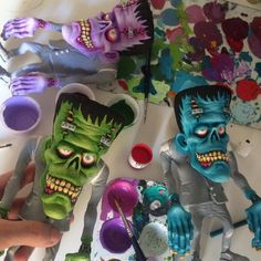 Available tomorrow on my etsy shop! Sculpture Clay, Soft Sculpture, Frankenstein Art, Halloween Crafts, Halloween Door, Halloween Ideas, Polymer Clay Figures, Toy Art, Clay Crafts