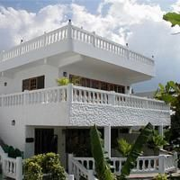 Beach House Villas Negril