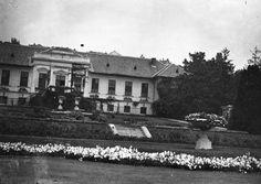 Ménesi út, a Kertészeti Tanintézet igazgatósági épülete (ma Budapesti Corvinus Egyetem Kertészettudományi Kar).