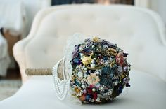 Brooch bouquet - DIY #whimsicalweddingideas