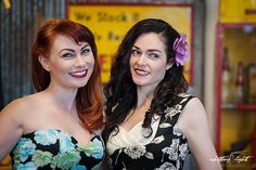 Ginger & Miss Honey Bee pinup girl photoshoot by Shifting Light Photography #pinup #pinupgirls