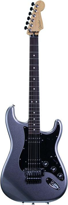 Fender Blacktop Strat (Floyd Rose Titanium Silver) | Sweetwater.com.    lessonator.com