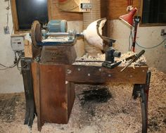 Homemade Lathe by Frederick Williamson Bowls Woodworking Organization, Woodworking Bench, Woodworking Crafts, Woodworking Projects, Homemade Lathe, Wood Lathe, Diy Lathe, Wood Bowls, Water Crafts